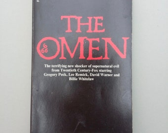 The Omen  vintage paperback horror  book /  Horror / cult movies / Satanic / 666