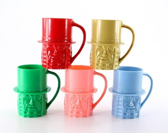 5 Mr. Peanut Plastic Mugs - Planters Peanuts 1970s