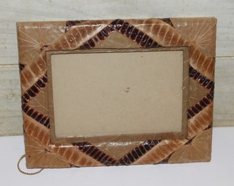 Plant Material Picture Frame - Handmade - Costa Rica - Philippines - Vintage - Leaves - Home Decor