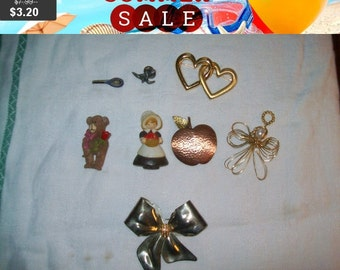 SALE 60% Off Destash brooches lot, vintage brooch lot, Repurpose Arts craft lot of pins