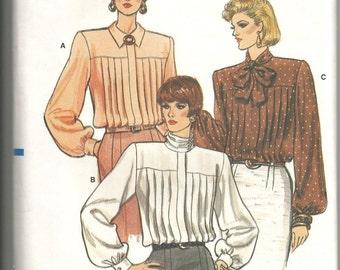 Vogue 9786 uncut vintage size 8 womans blouse