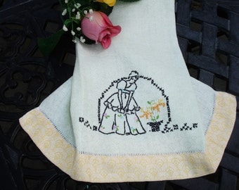 "Towel, Vintage Embroidered, Southern Belle, Damask and Linen, Hemstitching, Hand embroidery, hand made, 1950s, 20x15"", Guest towel"