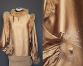 RESERVED FOR ALEXANDRA ** Please do not purshase this item ** S/M - French Vintage silk and fur blouse, 70'