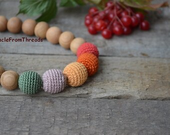 Teething necklace, Breastfeeding necklace, Nursing necklace, Neutral color, For new mom baby,Safe ecofriendly,Crochet necklace Red Green