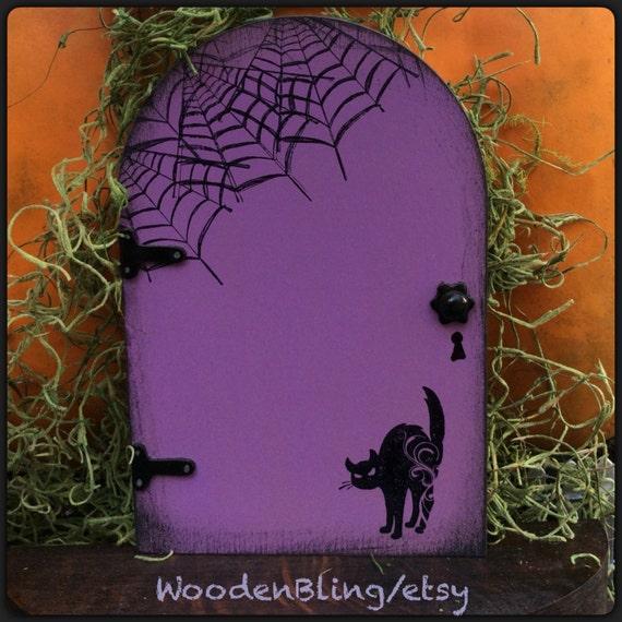 Fairy garden halloween decoration fairy door black cat for Wooden fairy doors to decorate