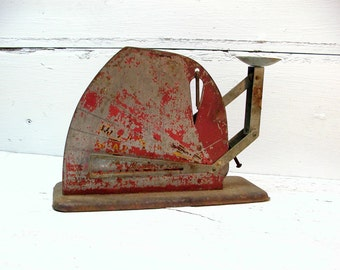 Vintage Egg Kitchen Scale Old Red Chippy Paint