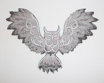 Embroidered Owl with Wings Spread 2 Colour Motif / Patch / Badge / Applique - Lots of Colour Choices
