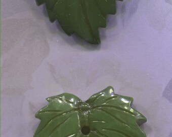 2 Large Green Realistic Leaf Buttons
