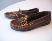 Vintage Minnetonka Moccasins Mens - Mens Hard Sole Leather Loafer Size 9