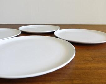 Vintage Set of 4 Lagardo Tackett Ironstone Dinner Plates