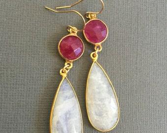 Majave Purple Turquoise with Moonstone Earrings, Turquoise dangling earring, Gemstone Earrings