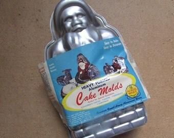 Santa Cake Mold Vintage Christmas Nordic Ware 3D Baking Mold
