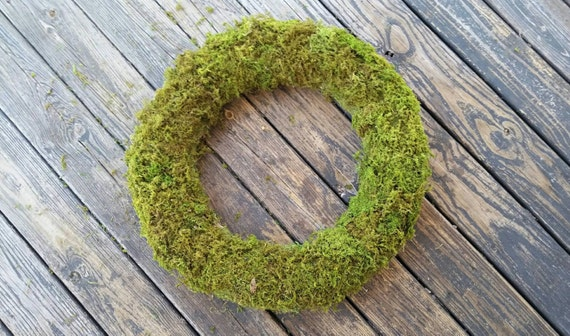 Wreath, Oregon Moss Covered Wreath