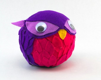 Sitting Owl Ball