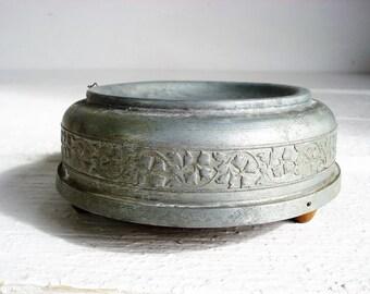 Vintage Circular Metal Powder/Jewelry Music Box