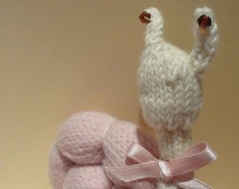 SNAIL hand knitted plush toy