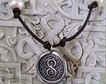S initial freshwater pearl bracelet