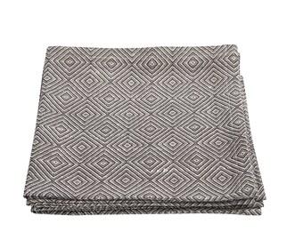 BROWN Linen Napkin - 4 Linen Cloth Napkin Set, wedding napinks, table napkins, dinner napkins made by Linum Studio