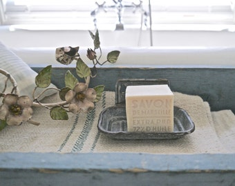 Vintage Graniteware Soap Dish, Can Be Hung