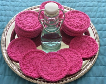20 reusable cotton facial rounds in Hot Pink