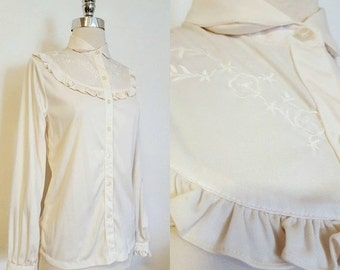 ON SALE 1970s Vintage Women's Off White Ruffle Bust Button Down Size L