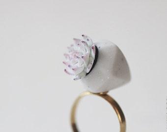 Succulent Plant Ring - OOAK Ring - Succulent Jewelry - Green Mint Succulent - Wedding Succulent
