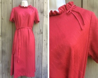 Vintage dress | 1960s British Lady knit mod shift dress with ruffle collar and bow