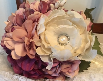 Traditional Style Wedding Bouquet