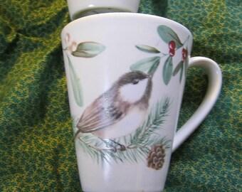Pfaltzgraff Portfolio Wintersong Nuthatch Bird Mugs Duo in Pristine pre-owned condition