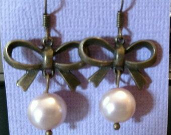 Pearly Bronze Bow Earrings