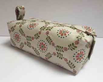 box makeup bag/ travel bag/ wash bag, made with cotton fabric and fully lined with water proof fabric