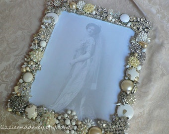 White Cream Crystal Silver Vintage Jewelry Rhinestone 8 x 10 Photograph Picture Photo Frame