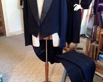 Antique 1930 Men's Goth Formal Dress Tailcoat Tuxedo Jacket w/Pants