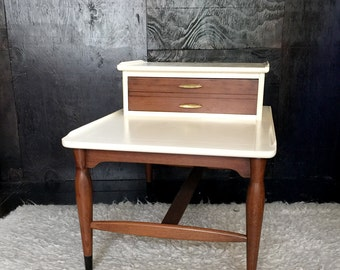 Mid Century Mersman End Table