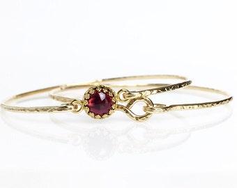Genuine Garnet Bangle Bracelet / 14k Gold Filled or Sterling Bangle /January Birthstone / Mothers Jewelry / Red Gemstone / Gift for Mom