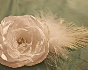 vintage wedding flower hair piece white brooch beads photo prop gatsby hair clip fabric flower children newborn flower girl shabby chic hair