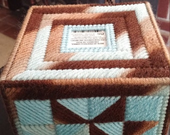 Mix pattern earth and sky tissue box cover