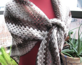 Shawl Triangle Natural Colors Granny Crochet Handmade 100 Wool Kauni 2 Ply EPA Made in Vermont