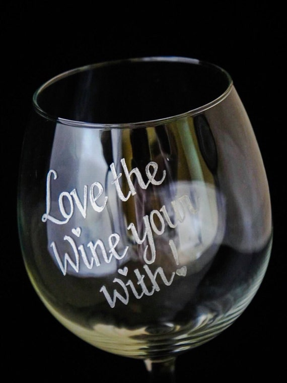 Hand Engraved Wine glass, Happy Mothers Day, Wine Glass Engraved, Personalised Wine Glass, Monogrammed Wine Glass, Mothers Day Gifts