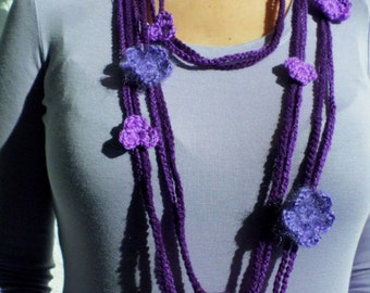 Crochet Lariat Lilak and Purple Necklace.  Purple and Lavender Flowers Scarf.  Lilac Crocheted Necklace.