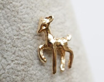 12 pcs of deer charm -15x20mm-1177-with loop -18k gold