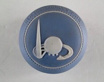 New York 1939 World's Fair Jasper Ware Trinket Dish
