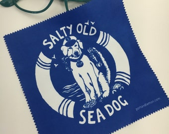 "Microfibre cleaning cloth for screens and lens, with nautical ""Salty old sea dog"" design"