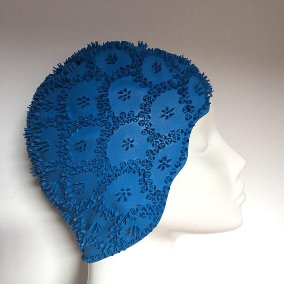 1950s swimming cap novelty flower sunburst swim hat blue rubber 50s 50s pin up jantzen catalana style Brit Marine swimcap