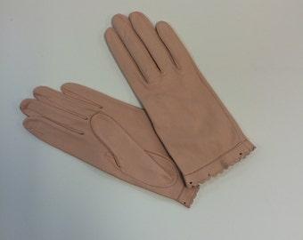 Ladies Vintage Leather Gloves