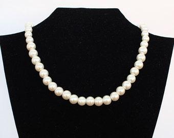 Pearl necklace, bridesmaid gift, bridesmaid necklace, 10mm pearl necklace, wedding jewelry, wedding gift, wedding party, mother necklace
