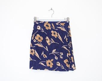 blue & beige floral wrap skirt / high waist crepe mini skirt / size S / M