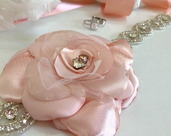 Blush Sash Flower Belt, Blush Wedding Belt, Wedding Belt Flower, Blush Flower, Bridal Sash, Bridal Belt, Bridal Sash belt, Swarovski, boho