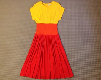1990's, quarter sleeve, color block, jersey knit dress, in yellow, orange and red, Women's size Small