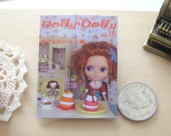 blythe doll magazine 1/6 playscale not lifesize miniature for fashion dolls